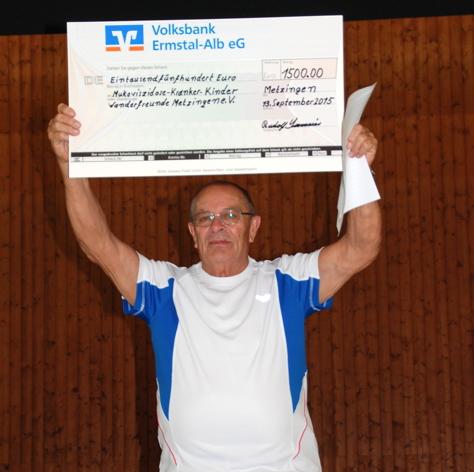 Spendenschecküberreichung Hildrizhausen2015